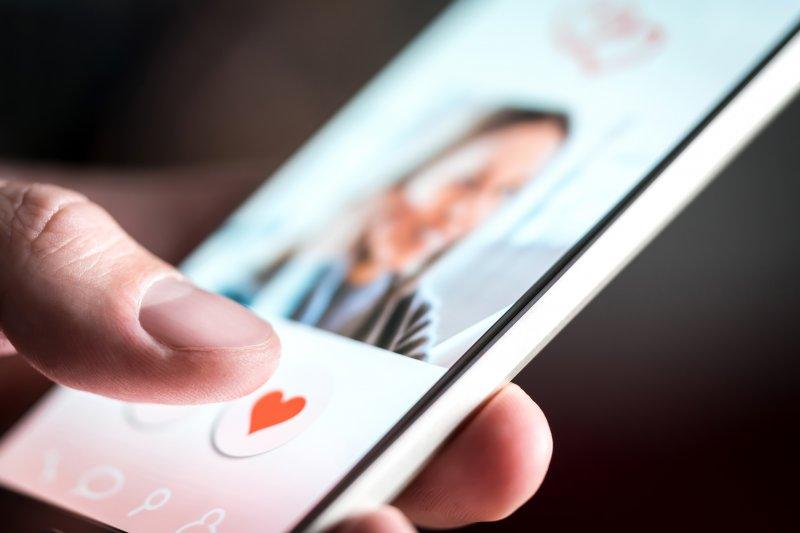 Kisah pengalaman berkencan aman dengan  teman dari internet
