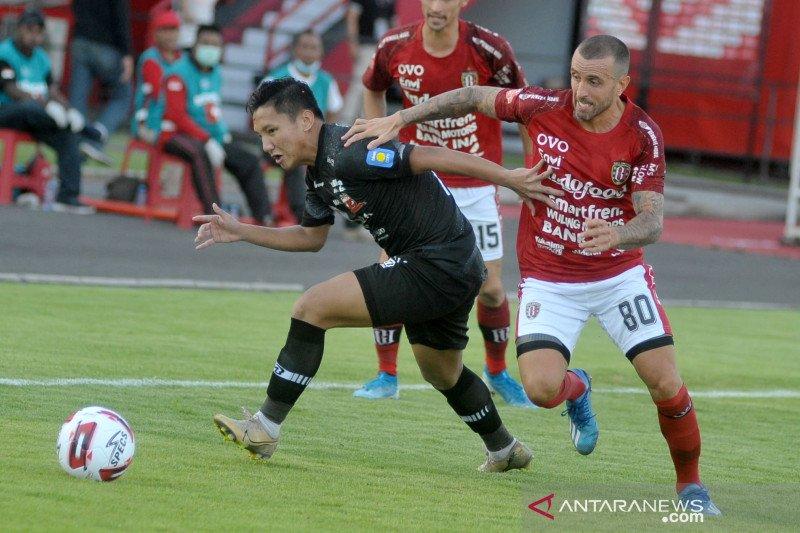 Pelatih Bali United masih nantikan kedatangan Paulo Sergio