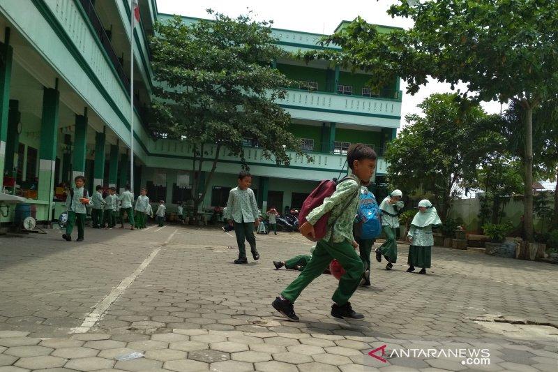 Semua sekolah di Kudus diliburkan dua pekan antisipasi COVID-19