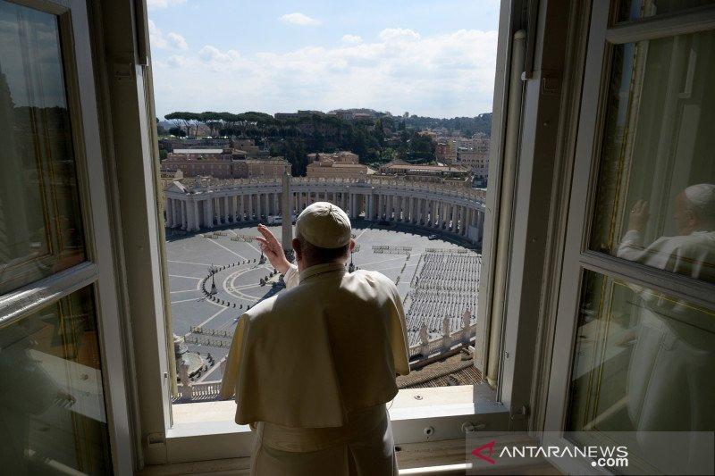 Paus Fransiskus kutuk produsen senjata yang jual ke teroris