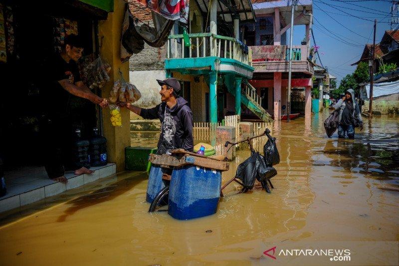 Di Kabupaten Bandung 101.644 warga terdampak banjir