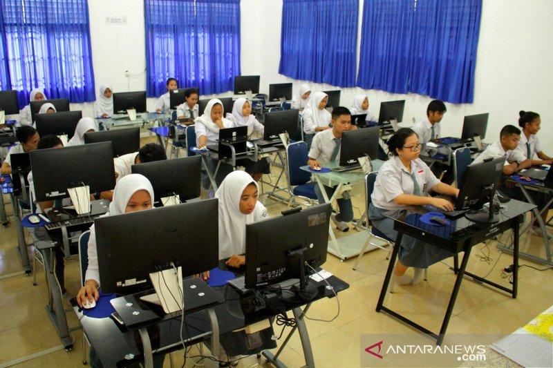 Pakar: peniadaan UN solusi keselamatan siswa dari pandemi wabah COVID-19