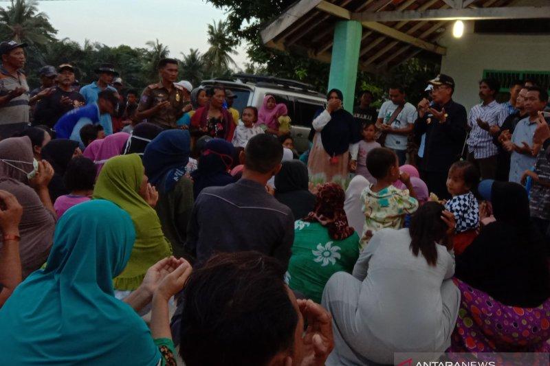 Bupati Lampung Timur dengar keluhan nelayan tolak tambang pasir laut