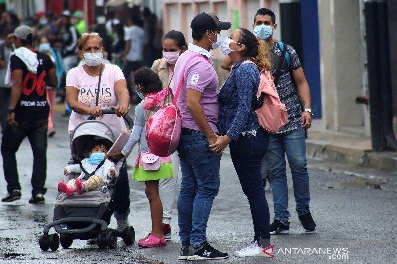 Pemberlakuan karantina perparah krisis di Venezuela, Maduro minta bantuan IMF