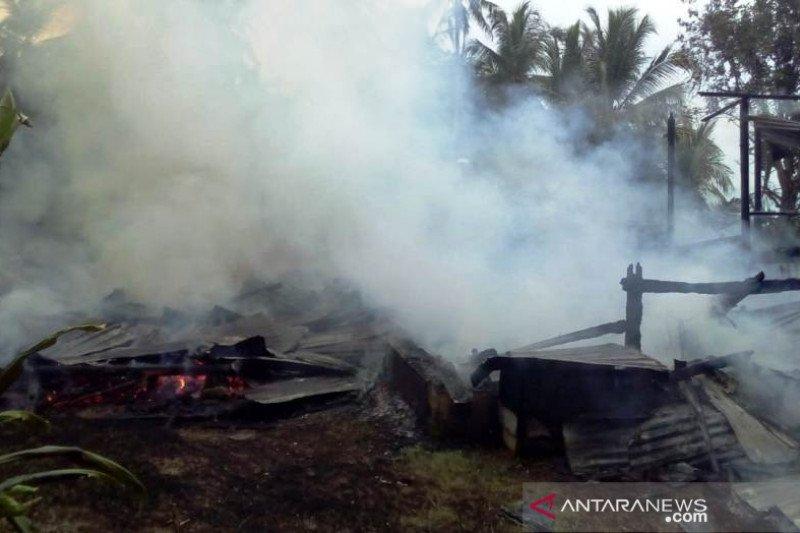 Satu rumah gadang di Selayo Kecamatan Kubung terbakar, tak ada korban jiwa