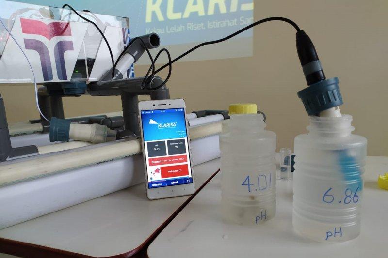 Mahasiswa ITTP merancang teknologi pemantau pertumbuhan udang