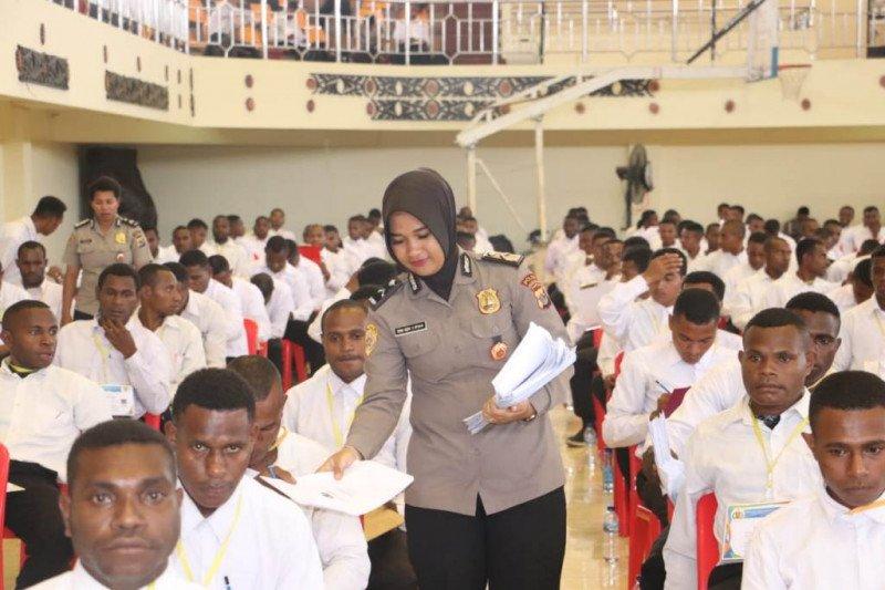 929 peserta bintara noken Polda Papua ikuti ujian akademik