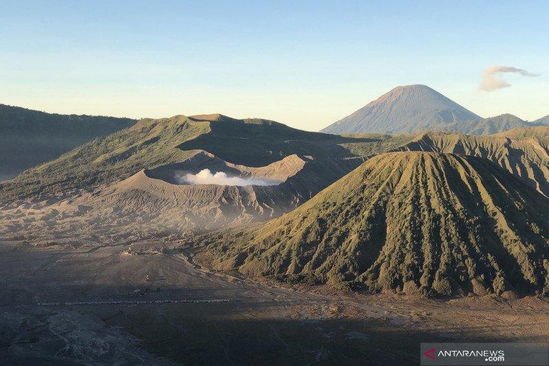 Gunung Bromo ditutup sementara cegah penularan COVID-19