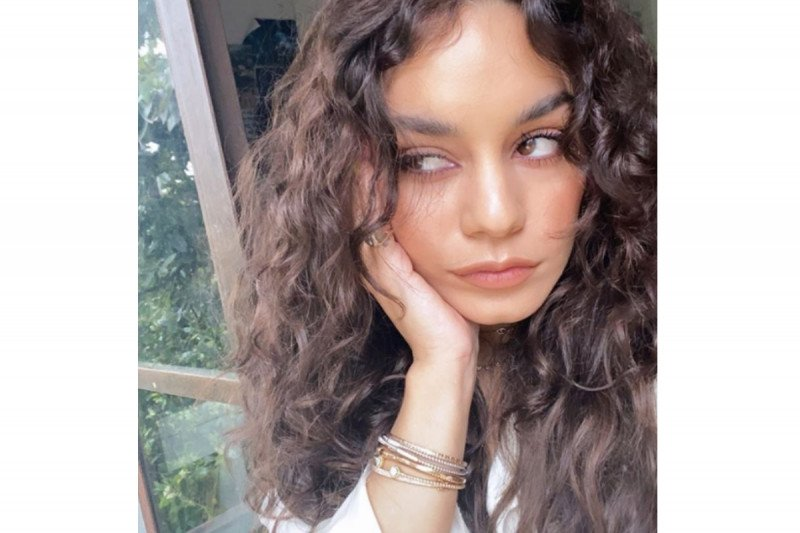 Vanessa minta maaf atas komentarnya tentang virus corona