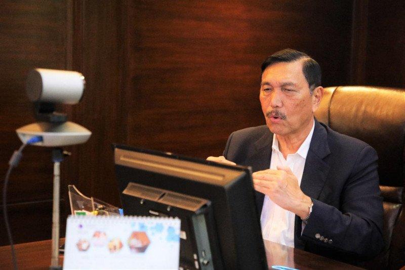Luhut: Dana perjalanan dinas akan dialihkan agar ekonomi terus berjalan