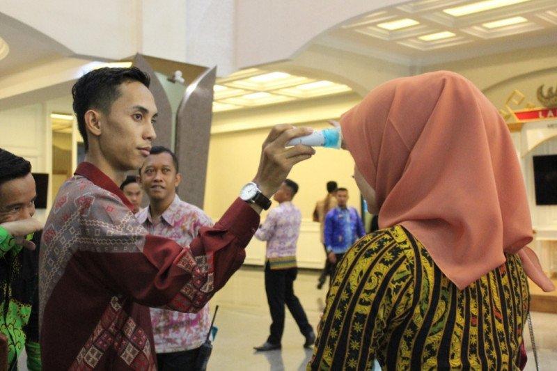 Pemprov Lampung awasi tenaga kerja migran cegah COVID-19