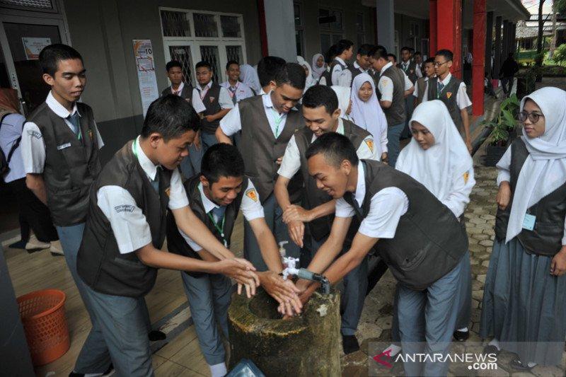 UNBK SMK terapkan prosedur cuci tangan