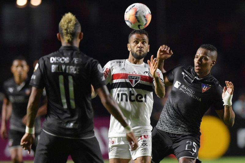 Klub-klub Brasil menawarkan stadionnya untuk rawat pasien corona