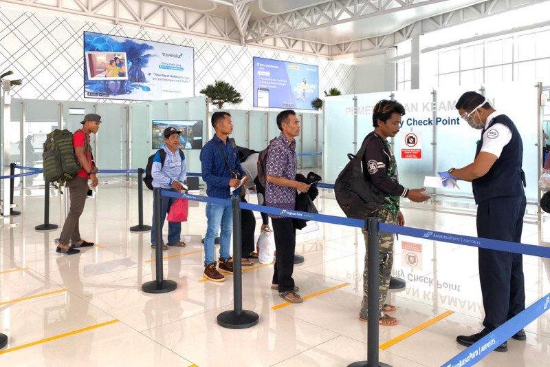 Bandara Ahmad Yani Semarang terapkan jaga jarak antisipasi COVID-19