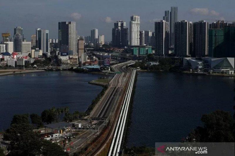 Singapura ancam penjarakan orang yang langgar jarak fisik