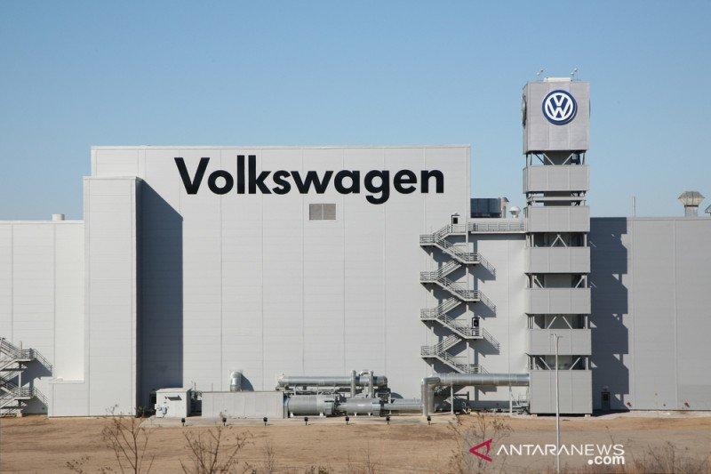 Volkswagen liburkan pabrik demi lindungi pegawai