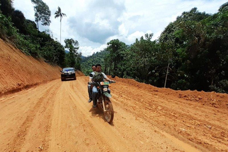 TMMD ke-107, TNI buka akses jalan sepanjang 10 kilometer di Sijunjung (Video)