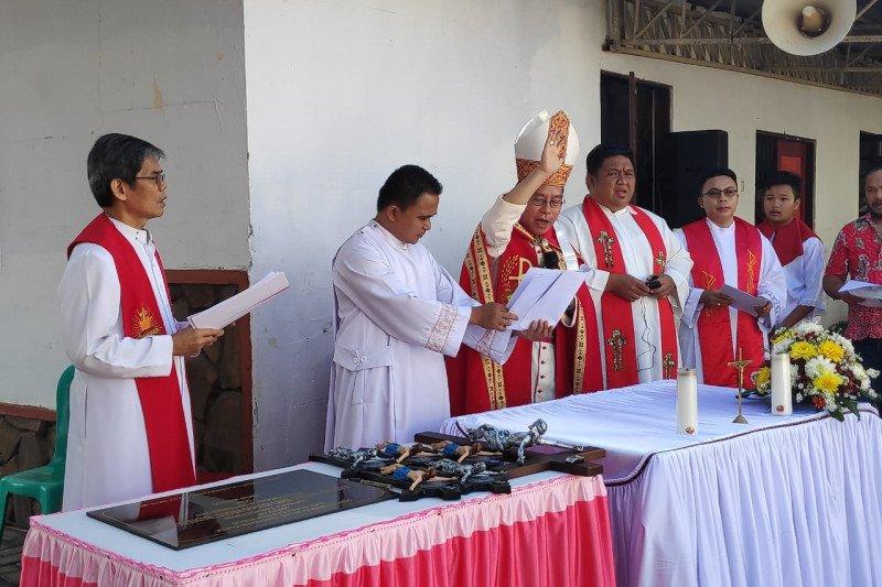 Uskup Manado misa live streaming cegah corona