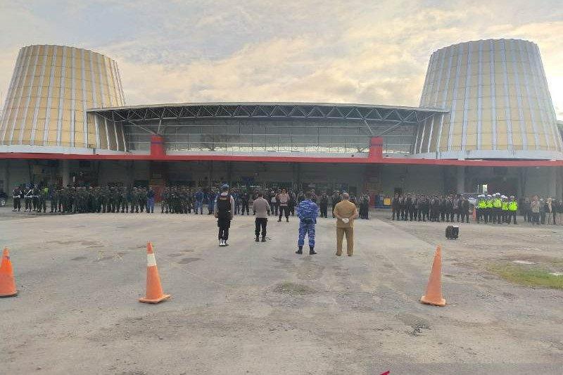 10 peleton TNI/Polri disiagakan terkait isu massa tutup Bandara Wamena