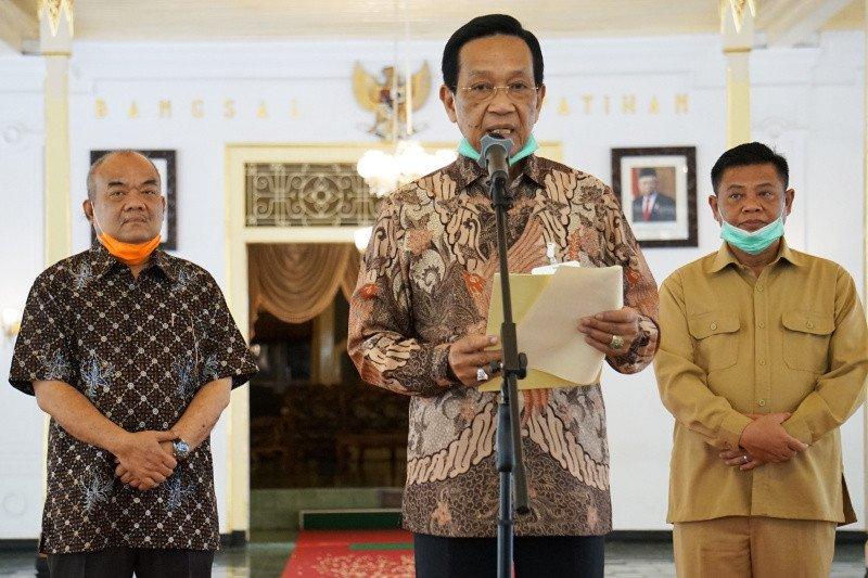 Sultan meminta warga Yogyakarta tawakal-ikhtiar hadapi COVID-19