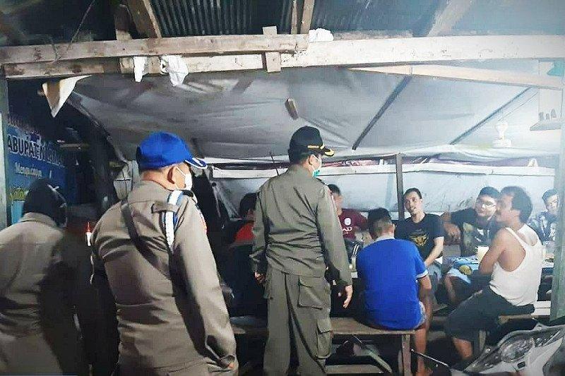 Satpol PP Lamandau akan bubarkan warga yang kedapatan nongkrong
