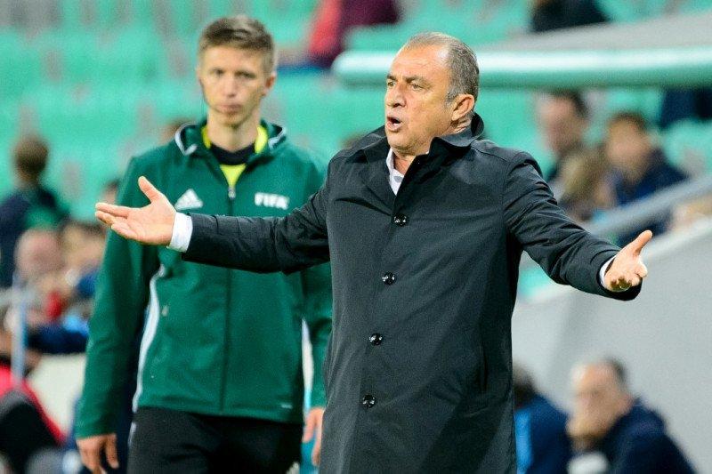 Pelatih Galatasaray Fatih Terim positif terjangkit virus corona