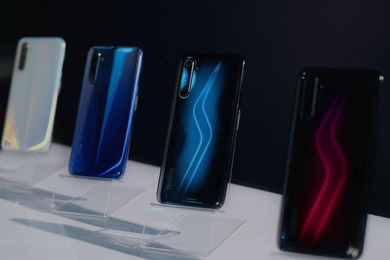 Realme 6 dan 6 Pro ramaikan segmen ponsel mulai harga Rp3 jutaan