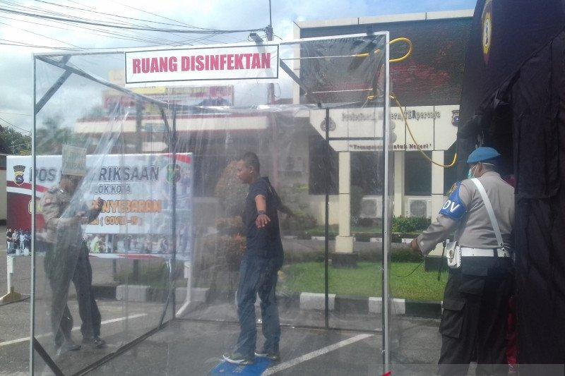 Polres Solok Kota dirikan posko kesehatan dan ruang penyemprotan disinfektan cegah corona
