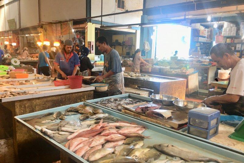 Aktivitas pasar di Batam masih berlanjut