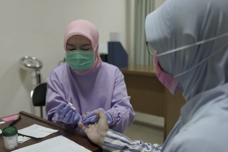 Pemprov Jawa Barat mulai tes COVID-19 massal pada tenaga kesehatan