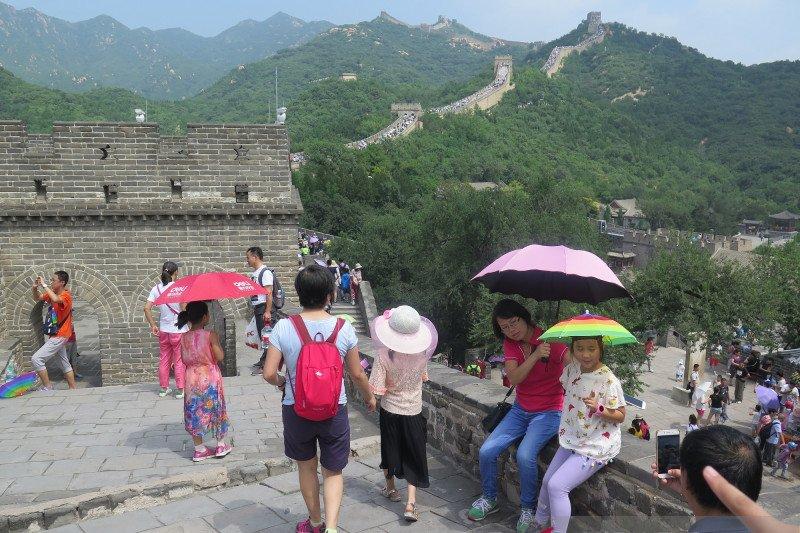 Setelah dua bulan ditutup, Tembok Besar China dibuka kembali
