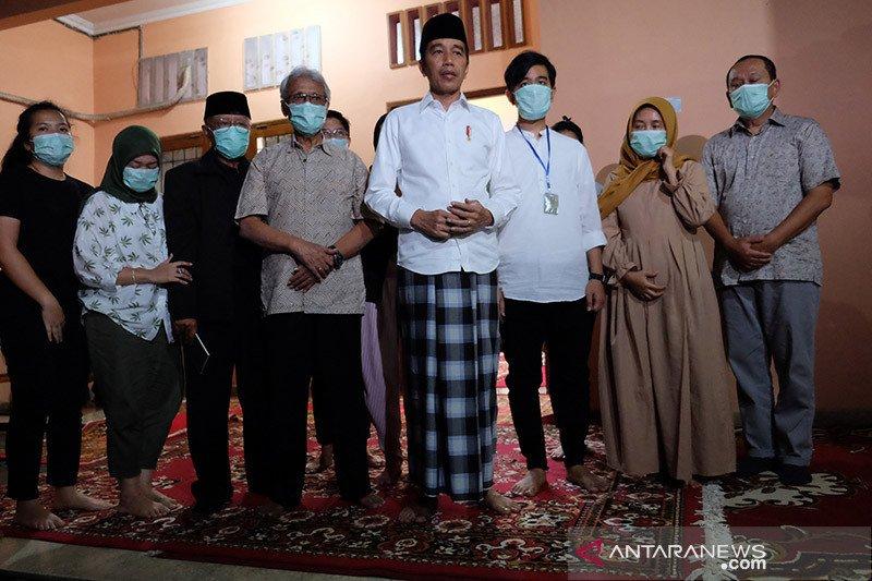 Megawati berduka atas wafatnya ibunda Jokowi