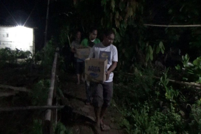 Melawan Densus, terduga teroris ditembak mati di Batang
