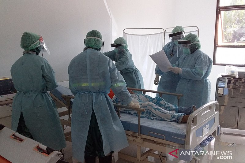 Pemkab Sangihe lakukan simulasi penanganan pasien COVID-19