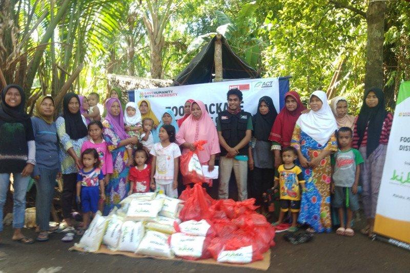 ACT-MRI membagikan paket pangan untuk penyintas gempa  di Maluku Tengah