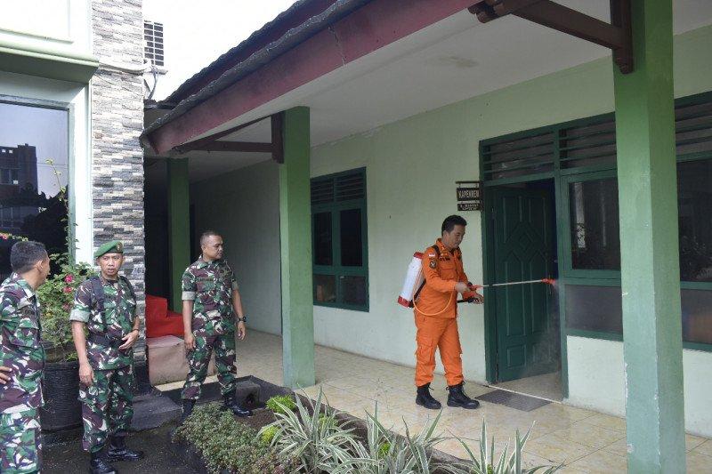 Korem 043 Gatam Lampung lakukan penyemprotan disinfektan