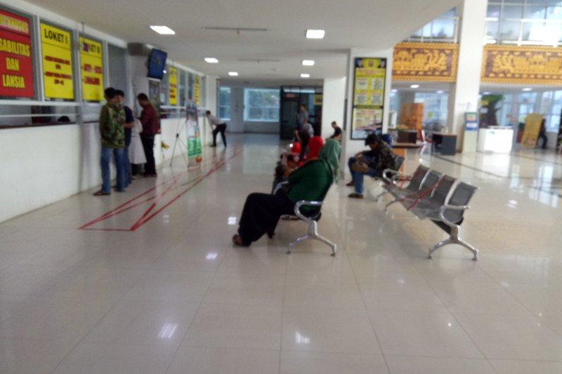 Disdukcapil Kota Bandarlampung sepi sejak imbauan pencegahan COVID-19