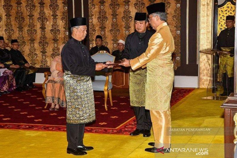Gaji PM dan menteri Malaysia dipotong dua bulan untuk penanganan COVID-19