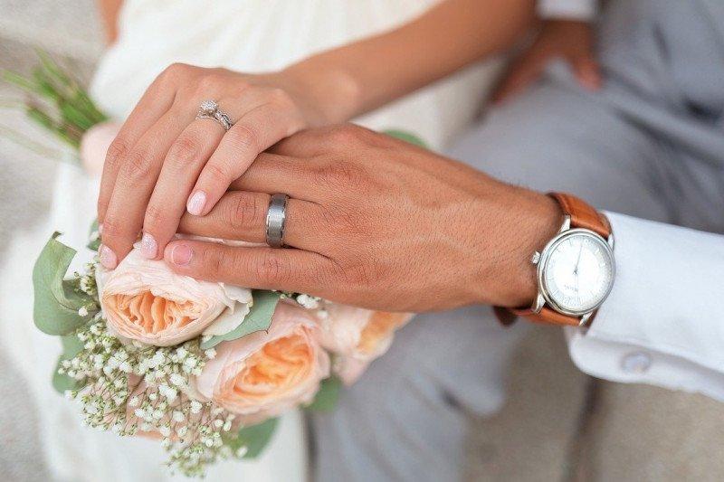 Pasangan ini bagikan pengalaman menikah di tengah pandemi corona