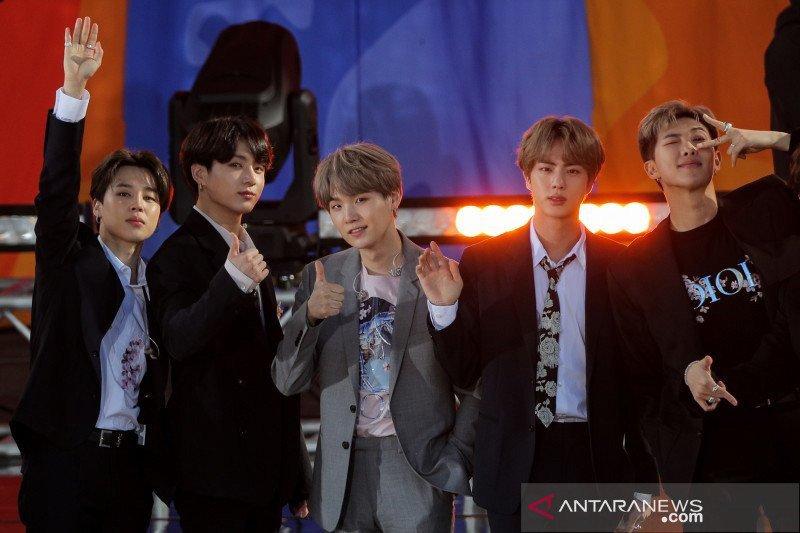 BTS dinobatkan sebagai grup terlaris sepanjang sejarah K-pop