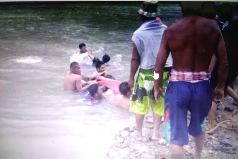 Bendungan Mallarunang di Kabupaten Maros telan dua korban jiwa
