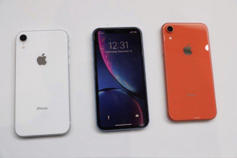"""Dua produsen iPhone tutup sementara pabriknya akibat """"lockdown"""" di India"""