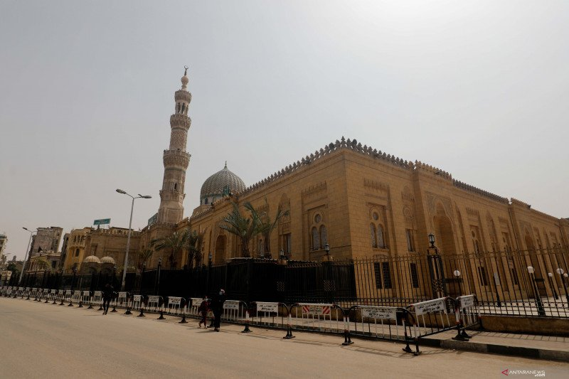 Mesir larang pertemuan selama Ramadhan antisipasi corona
