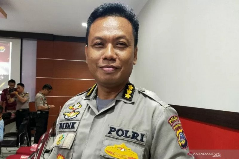 Police officer suffers injuries during attack at BSM Poso.