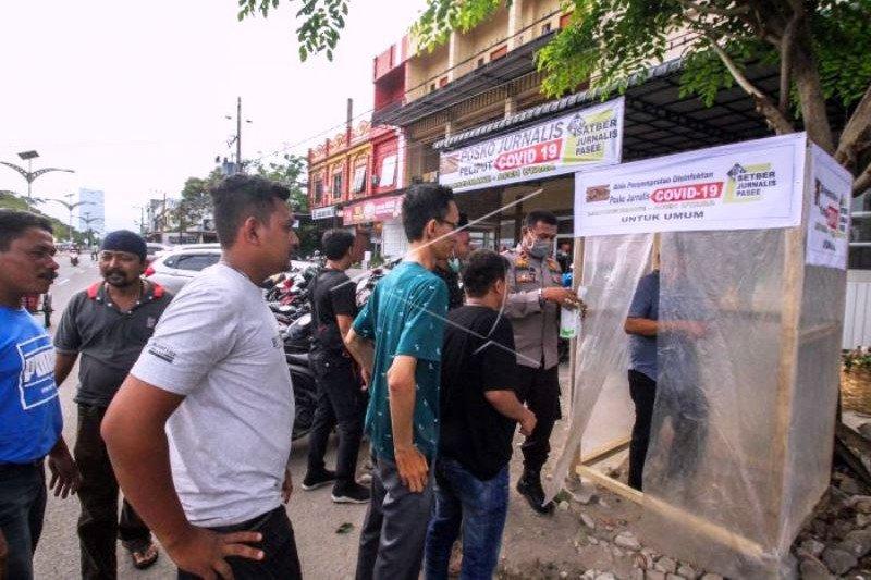 Bilik Disinfektan Swadaya Jurnalis Aceh