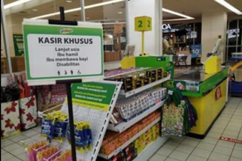Hero Supermarket-Giant inisiasi jam belanja bagi lansia saat COVID-19