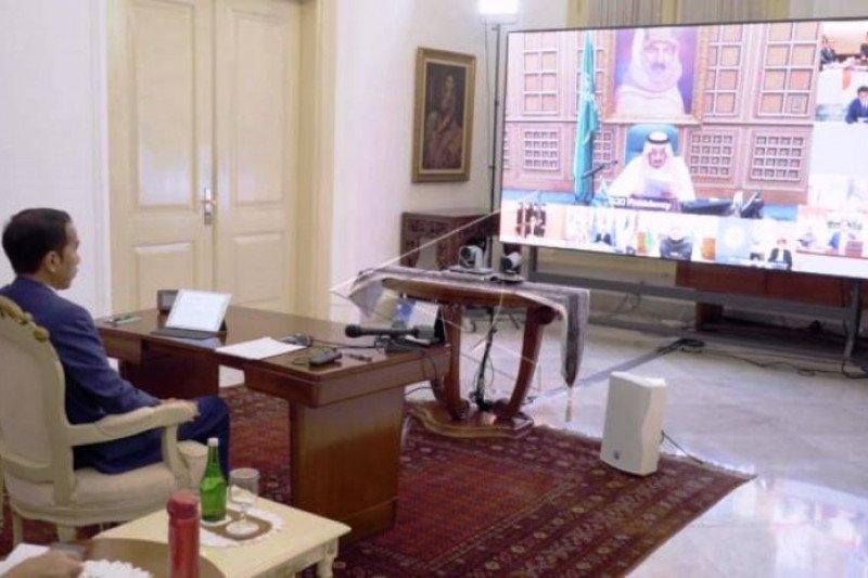 Presiden Joko Widodo Mengikuti KTT G20 Secara Virtual