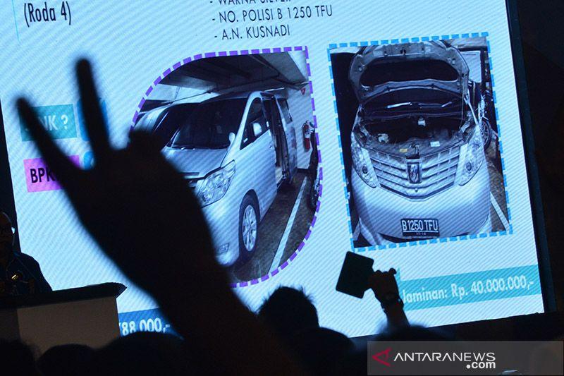 3 mobil mewah hasil korupsi mantan wali kota dilelang