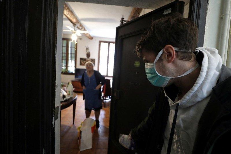 570 penghuni panti jompo di Prancis meninggal sejak wabah corona