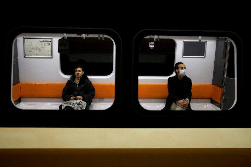 Anak muda Turki jalani peraturan jam malam cegah virus corona